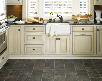 We provide a wide range of top quality cabinetry to help beautify transform any room in your home.